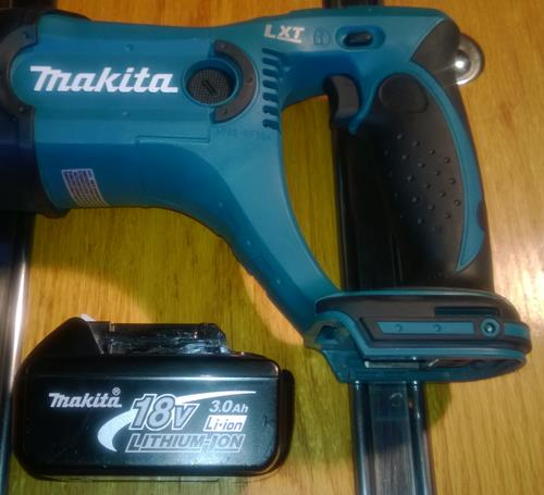 Makita BJR182 And Battery