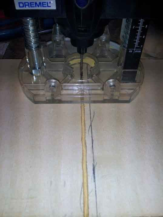 Dremel Plunge Router in action