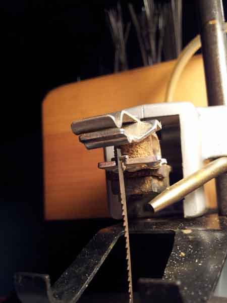 Is the dremel 1671 the best scroll saw for you insert blade in upper holder greentooth Gallery
